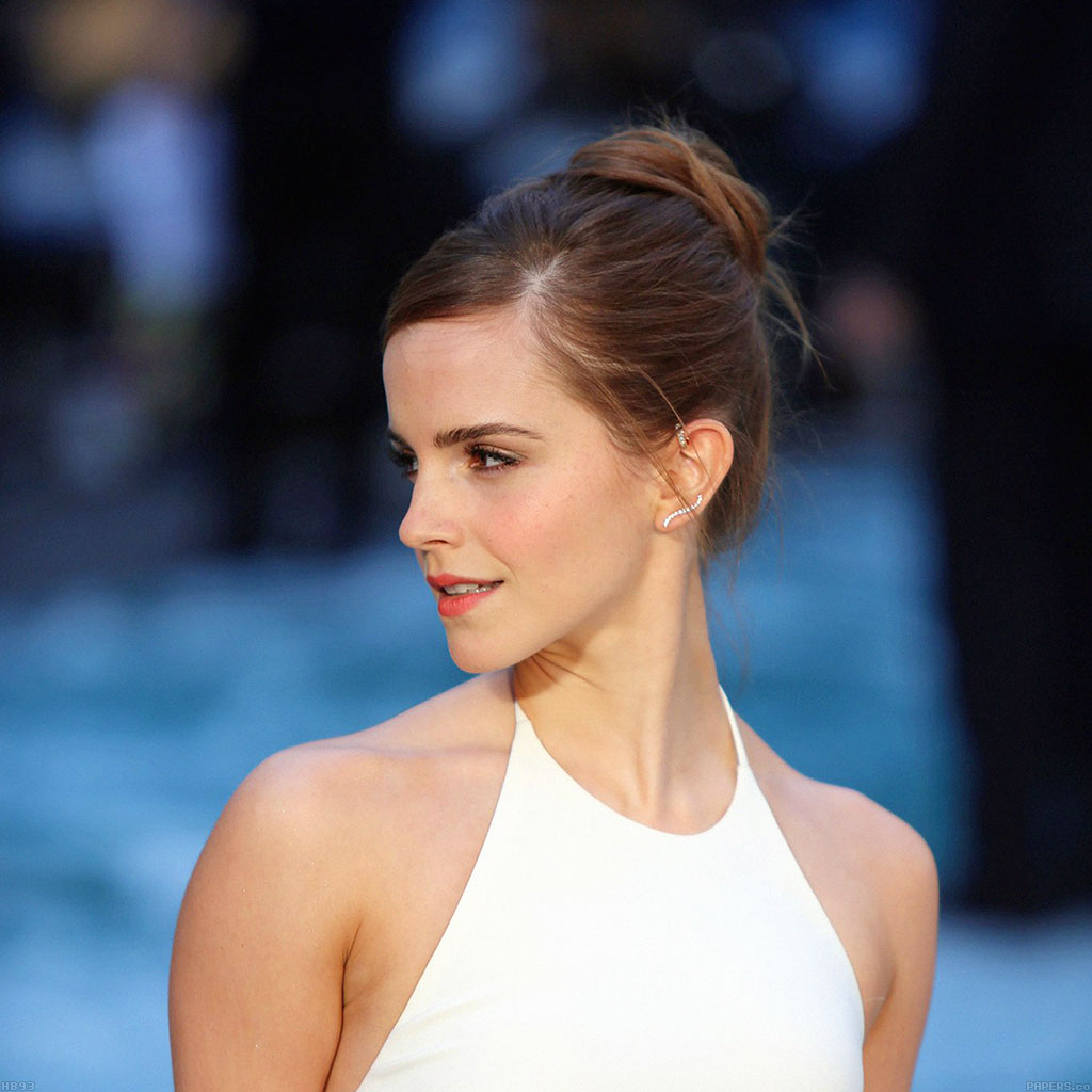 wallpaper-hb93-emma-watson-in-white-dress-wallpaper