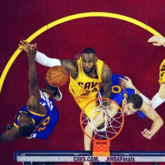 LeBron James, Timofey Mozgov, Harrison Barnes, David Lee