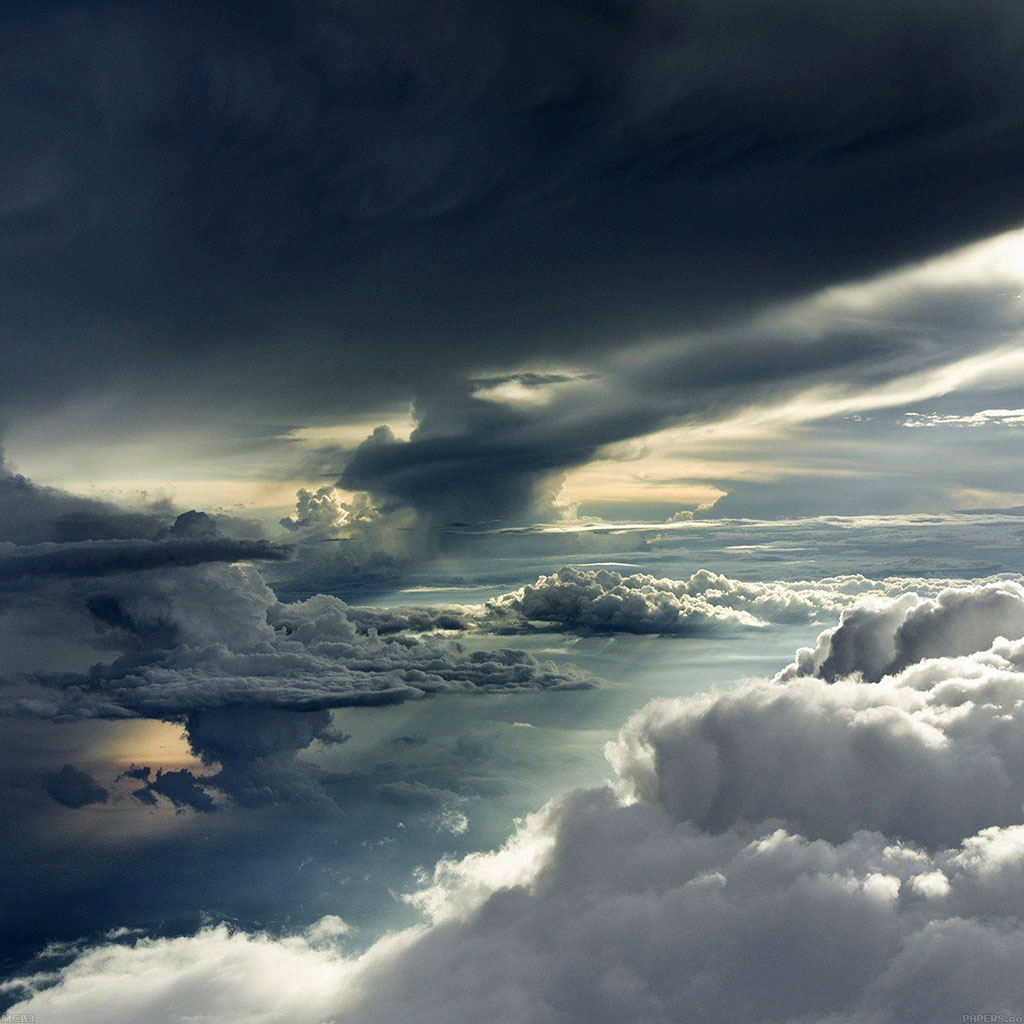wallpaper-mc83-wallpaper-between-storm-clouds-sky-wallpaper
