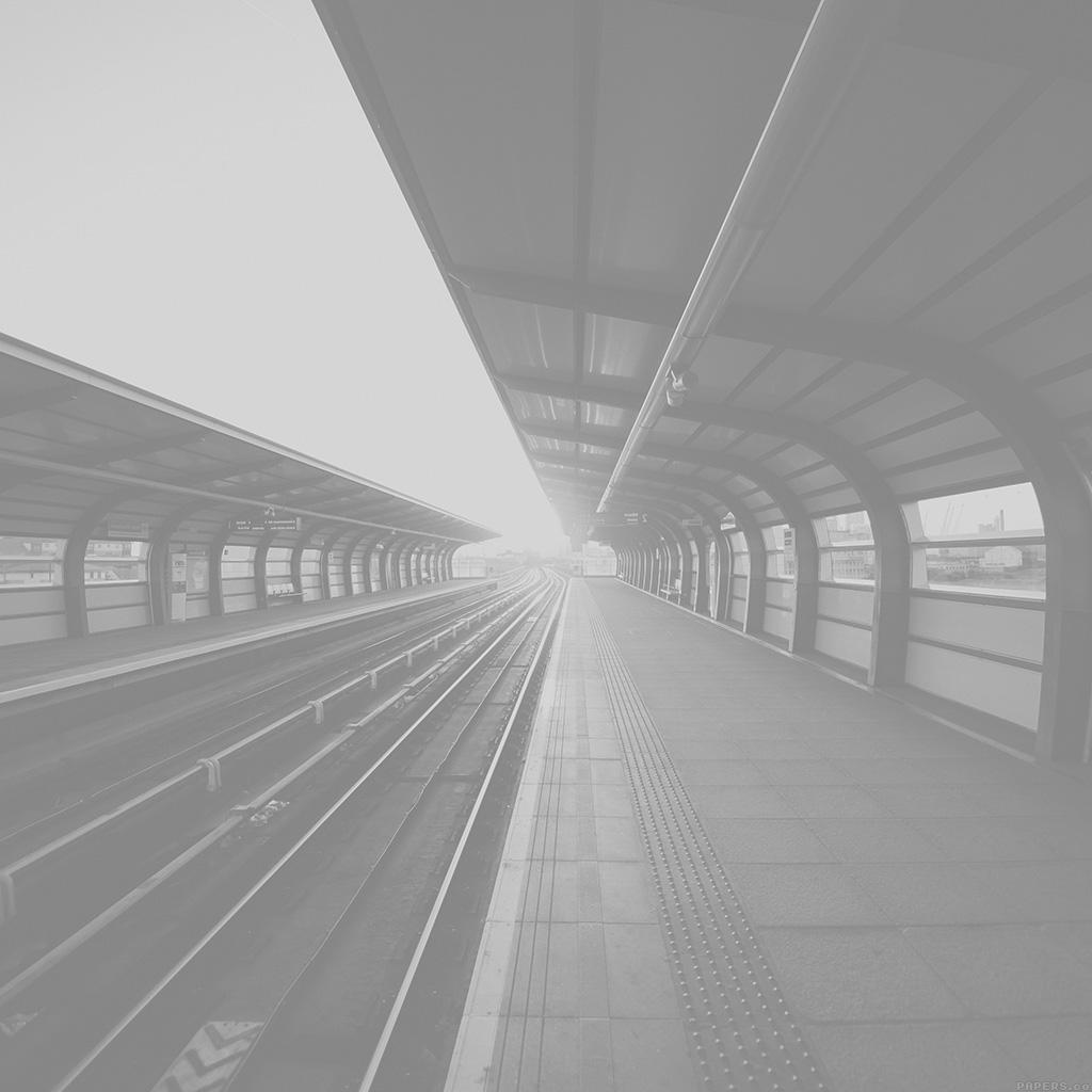 wallpaper-mo81-train-station-s-charles-city-white-bw-sun-wallpaper