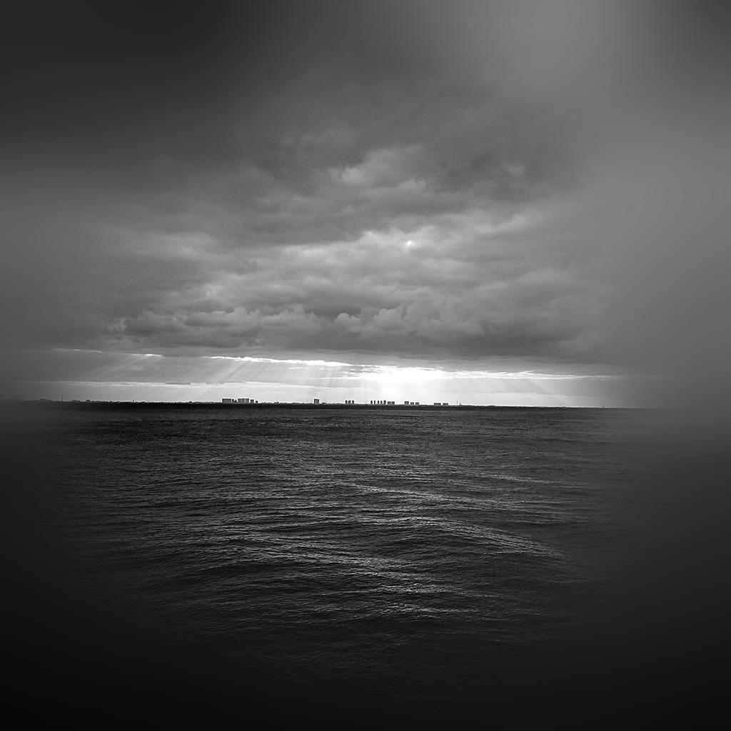 wallpaper-mu25-sea-city-bw-dark-ocean-nature-sky-cloud-blur-wallpaper