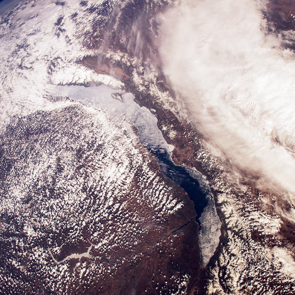 wallpaper-mu68-space-earth-from-sky-land-cloud-wallpaper