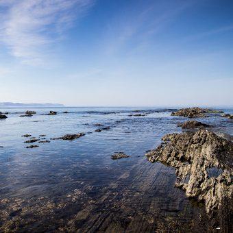 papers.co-ng24-sea-rock-ocean-beach-nature-summer-6-wallpaper