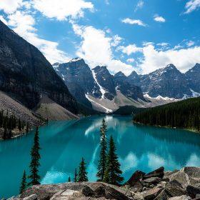 ne69-lake-louise-mountain-lake-fantastic-nature