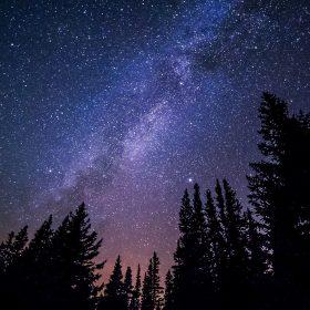 nl59-night-starry-sky-aurora-winter