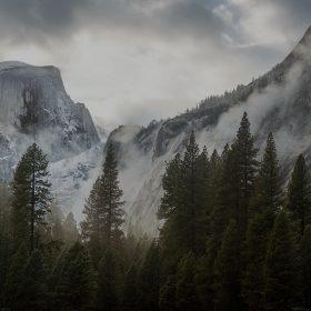 me59-yosemite-snow-dark-mountain-nature