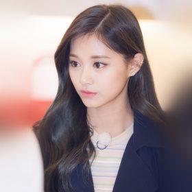 hp74-girl-tzuyu-kpop-twice-asian-celerity