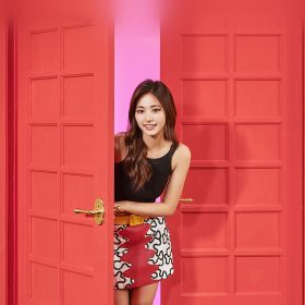 hq27-twice-girl-tzuyu-red-music-kpop-aisan